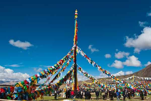 Saga Dawa Festival Tour