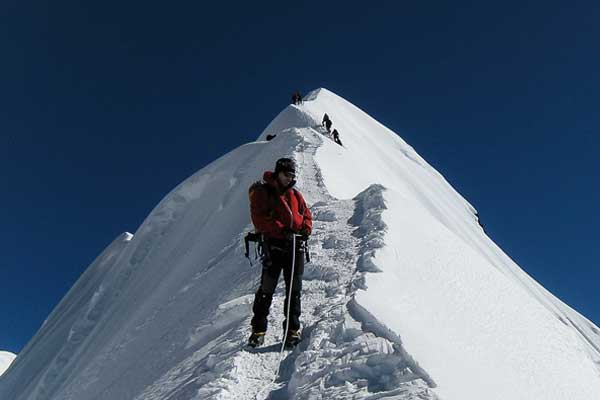 Island Peak (6189m) Climbing