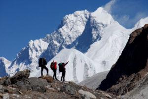 Makalu Sherpani Col Pass Trek