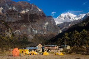 Makalu Base Camp Lodge Trek