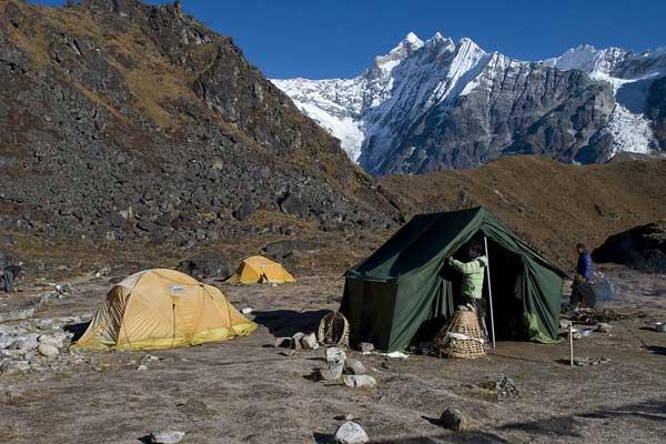 Naya Kanga Peak (5844m) Climbing