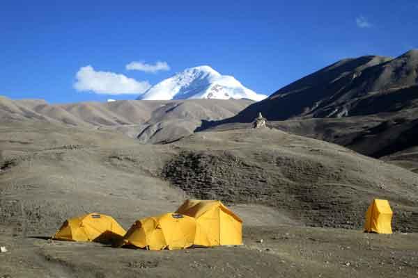 Saribung Peak (6328m) Climbing