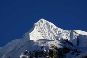 Singu Chuli Peak (6501m) Climbing