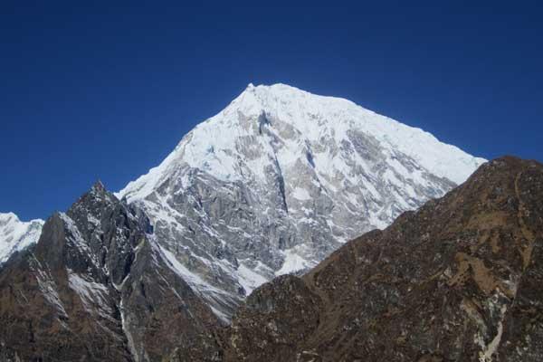 Yala Peak (5732m) Climbing